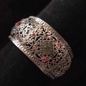 NEW Antiqued Silver Multi-Color Stretch Bracelet